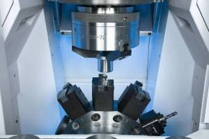 Machining area of the VL 5i: 12 turning or up to 12 driven drilling and milling tools allow you to carry out a great variety of operations in a single set-up.