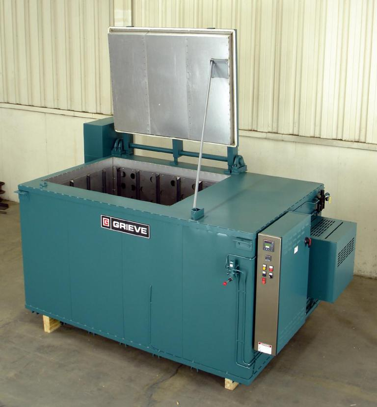 1004 Grieve Electric Oven