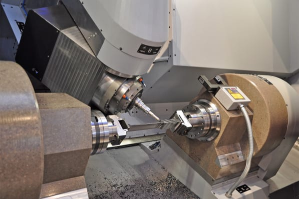 "The manufacturing of precise free-form surfaces for turbine blades demands the highest performance from the CNC.  The excellent block-cycle times of the Sinumerik 840D sl and its look-ahead function improved as part of the new ""Advanced Surface"" motion control, which play a significant role here."