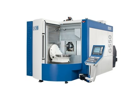 The horizontal design of the Grob five-axis G550 guarantees the highest levels of rigidity, which keeps axial deviations below 10 µm.