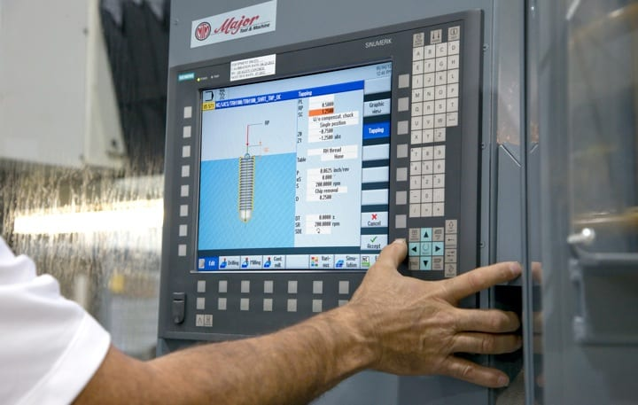 Central to MTM's retrofit program has been the Siemens SINUMERIK 840D sl control, which features the SINUMERIK Operate interface. The highly intuitive interface enables both programmers and operators to easily capitalize on the broad capabilities of the control.