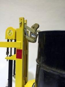 Ergo-Matic® 1000 Single beak close-up with drum